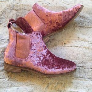 Toms Faded Rose Velvet Ella Boots